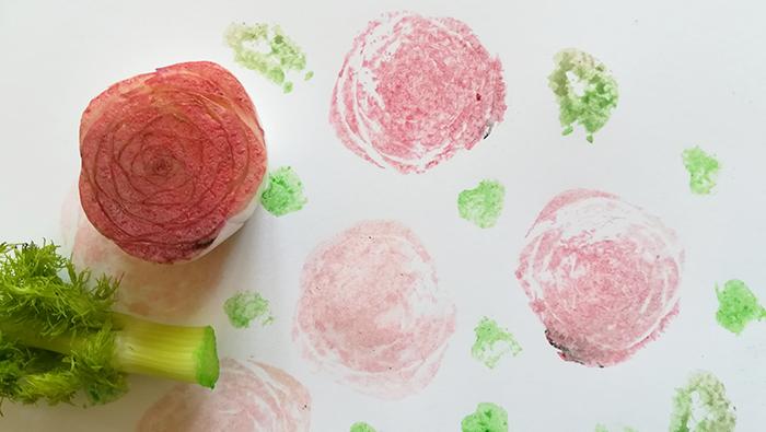 creatividad-Munari-rosas en la ensalada